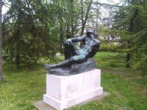 Skulptura Umorni borac