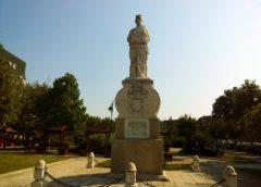 Spomenik palim ratnicima 1912—1918 u Mladenovcu