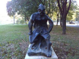 "Skulptura ""Perun"" na Novom Beogradu"