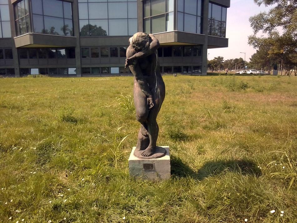 """Skulptura """"Brijunski akt"""" – Beograd"""