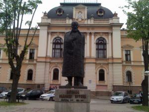 Spomenik Vojvodi Radomiru Putniku u Kragujevcu
