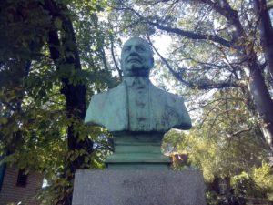 Spomenik Vladi Iliću u Beogradu