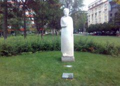 Spomenik Nadeždi Petrović u Beogradu