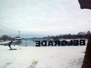 Dobro jutro Beograde! Dočekao nas sneg,a mi bez poklona