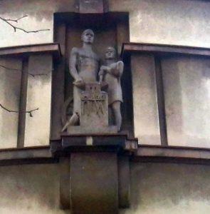 """Skulptura """"Kovač"""" u Beogradu"""