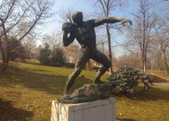 Skulptura bacac kamena u Beogradu
