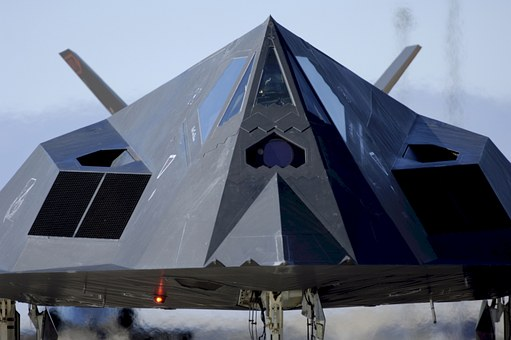 "Оbaranjе ""nеvidljivоg "" F-117 kоd Buđanоvaca"