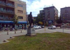Spomenik Dositeju Obradoviću u Smederevu