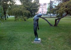 Skulptura dečaka Pionirski park