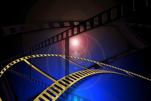 """Rosamund Pike u odličnom filmu """"I Care a Lot"""""""