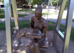 Skulptura Beogradski čitač