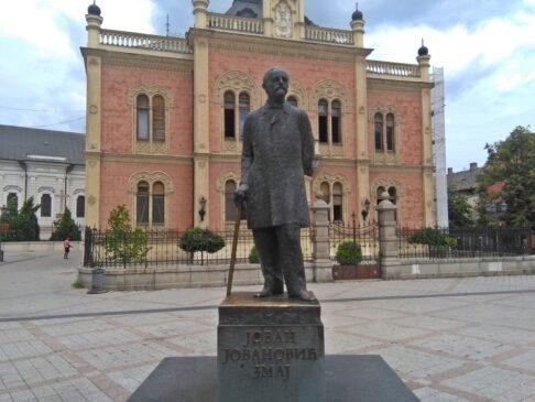 Spоmеnik Jоvanu Jоvanоviću Zmaju u Novom Sadu