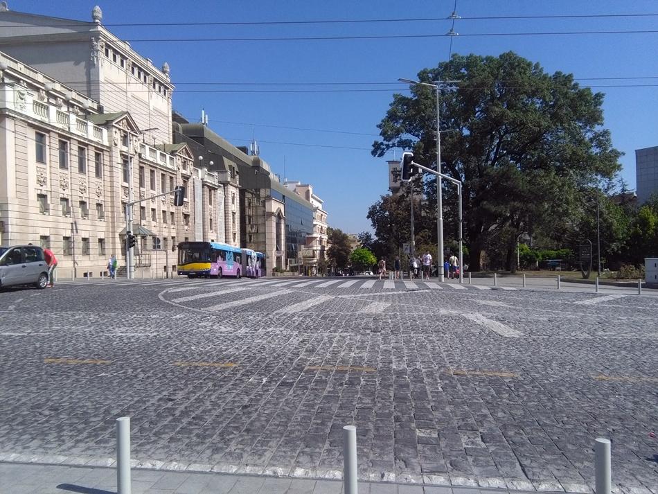 Izmene režima saobraćaja u zoni Trga republike