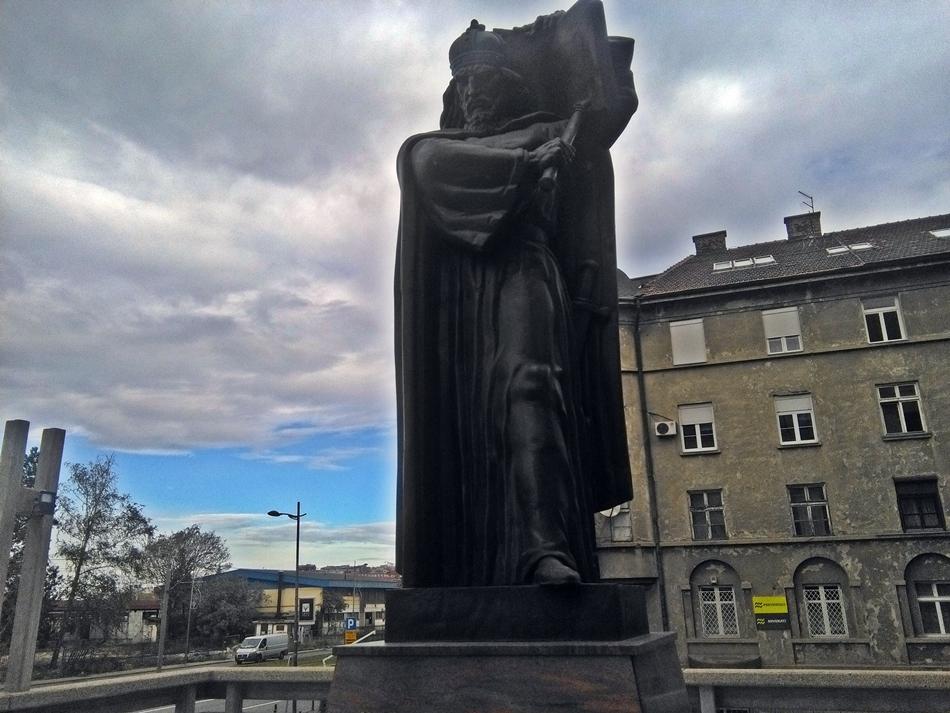 Spomenik Caru Dušanu u Beogradu