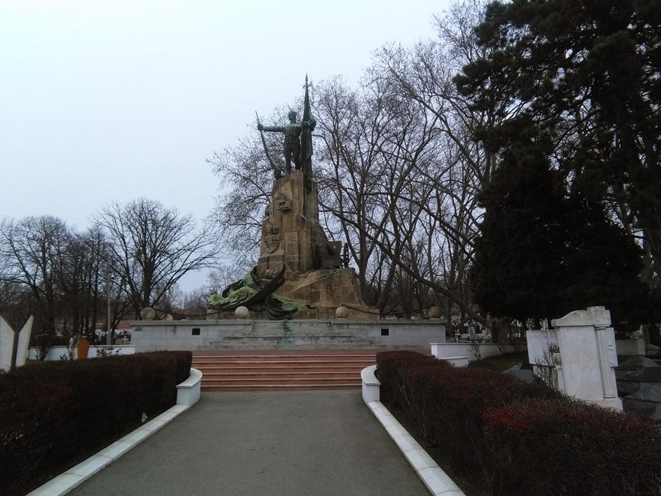 Spomen-kosturnica branilaca Beograda 1914-1918.