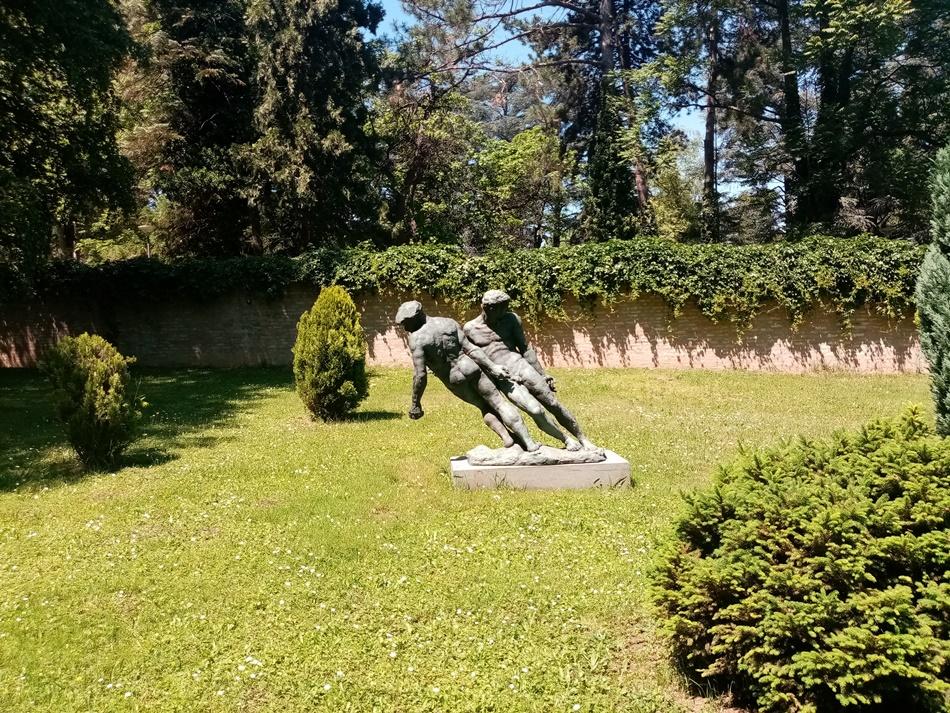 Skulptura Ribari u Beogradu