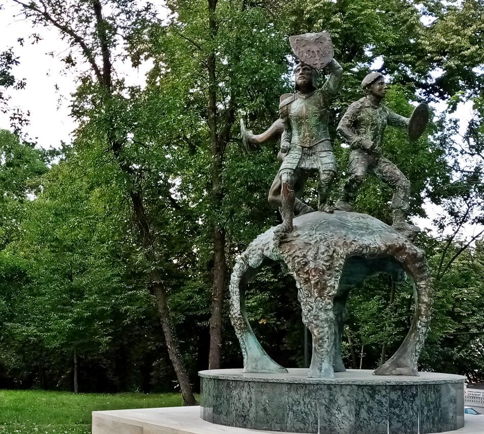 Spomenik herojima sa Košara u Beogradu
