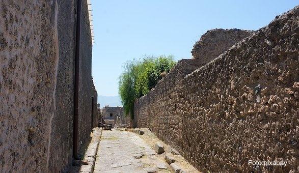 Arheolozi otkrili drevnu prodavnicu ulične hrane u Pompeji