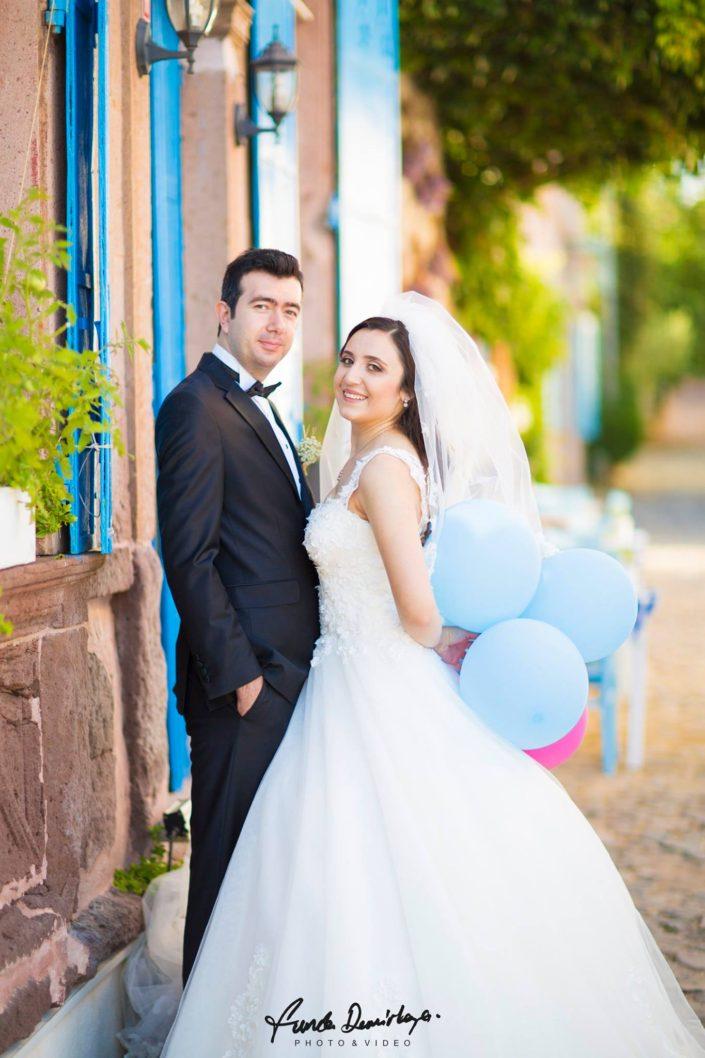Nurbanu ve Cafer Ayvalık Cunda Dış Mekan Çekimi düğün fotoğrafları balıkesir düğün fotoğrafçısı (11)