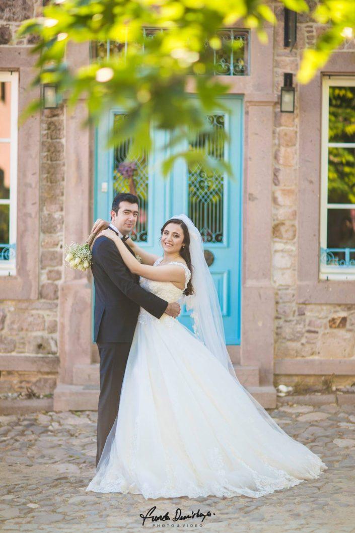 Nurbanu ve Cafer Ayvalık Cunda Dış Mekan Çekimi düğün fotoğrafları balıkesir düğün fotoğrafçısı (9)