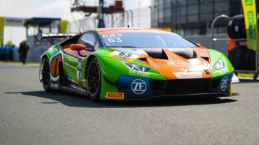 Podium in ADAC GT Masters season opener at Oschersleben