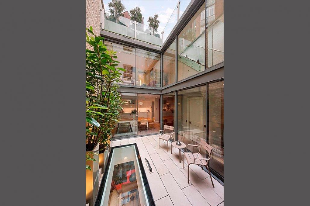 Montpelier Terrace, Knightsbridge, London SW7, 4 Bedroom House for sale, Courtyard