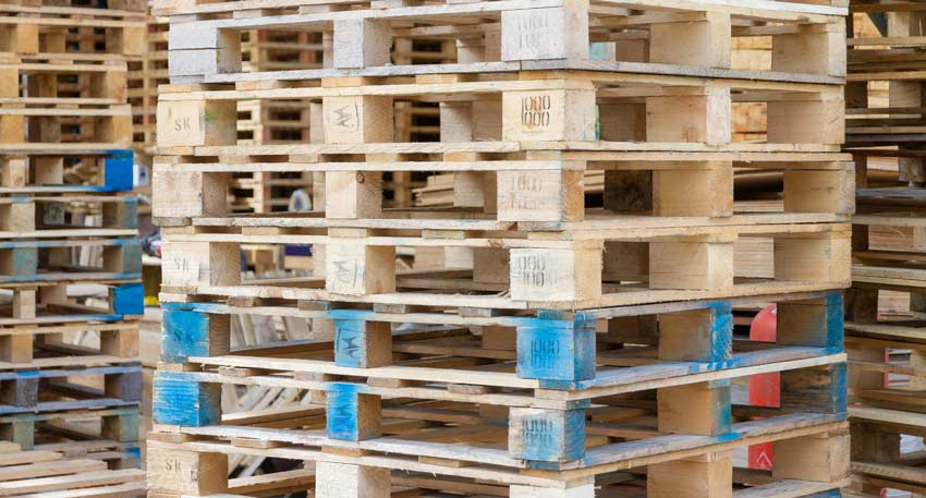 reconditioned wooden pallets