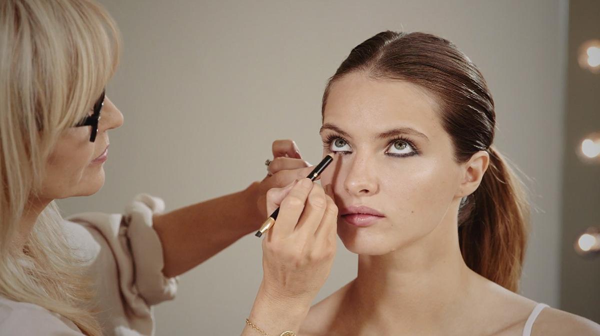 FEEL UNIQUE make-up tutorials 1