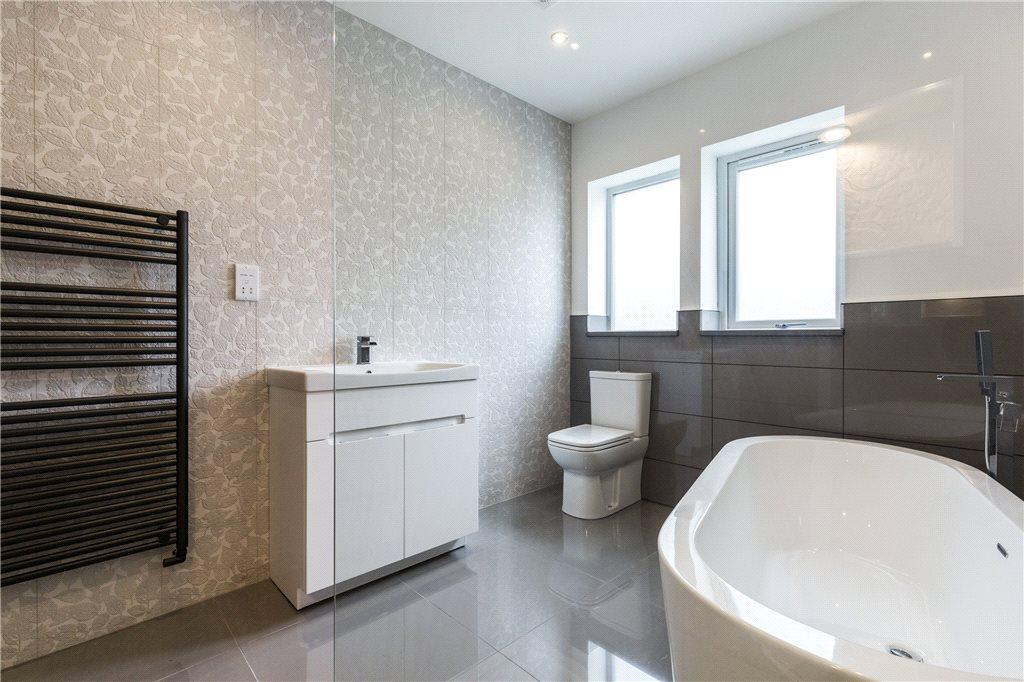 Modern Bathroom Walk in shower