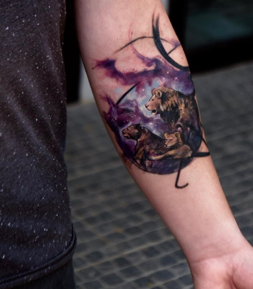 watercolor lion tattoo by Tayfun Bezgin