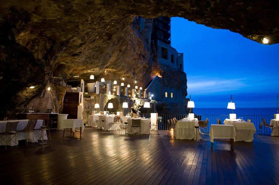 romantic restaurant