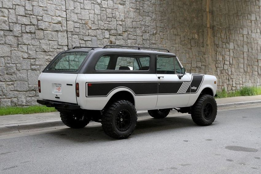 International Scout II Traveler
