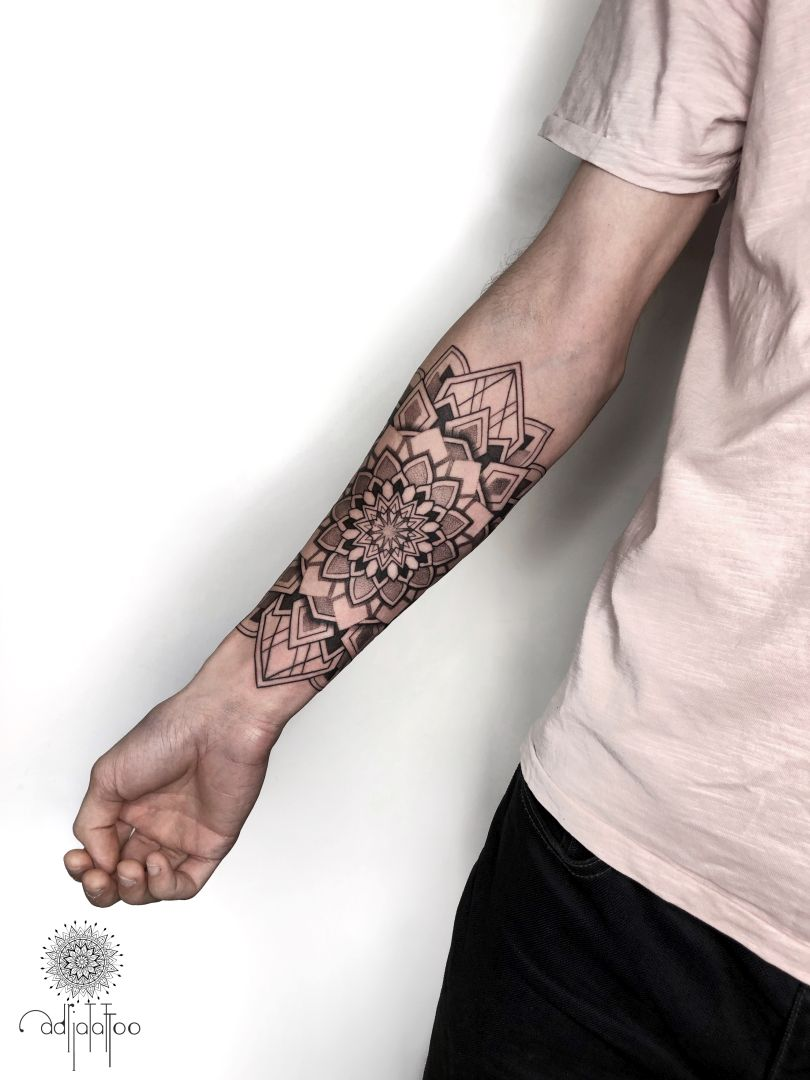 tattoo @adria.tattoo