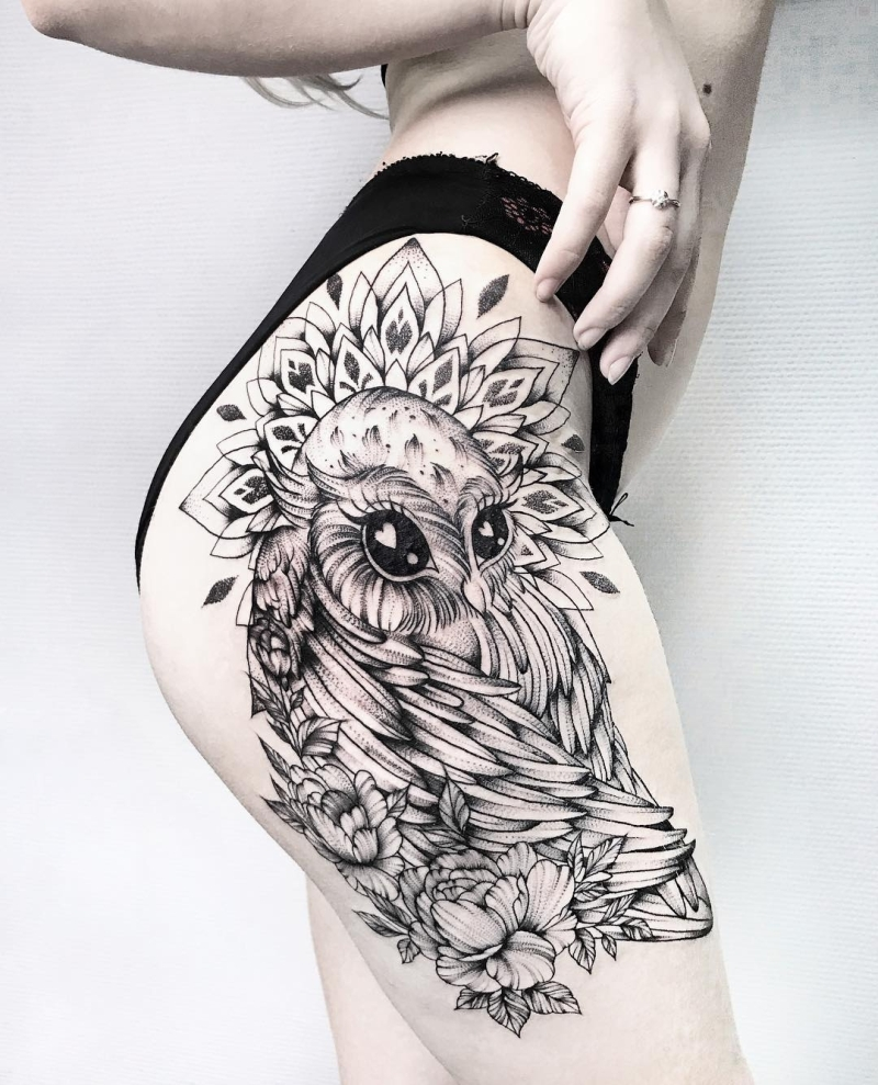 cute hip tattoo