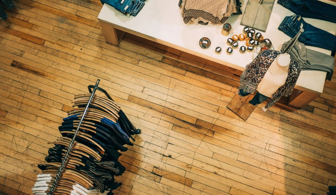 Twelve Shopping Tips From An Expert (yours truly)