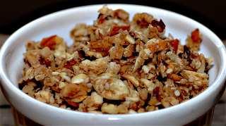 Almond, raisin and cherry granola