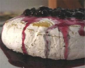 Baked Brie with blueberries