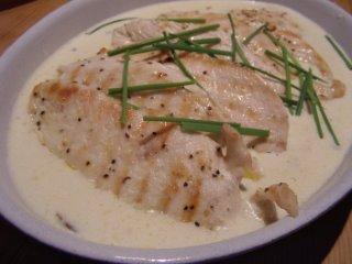 Chicken in white wine and tarragon cream