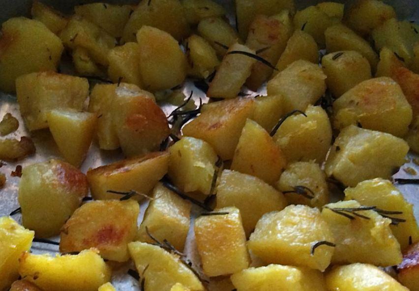 Italian style roasted potatoes with rosemary