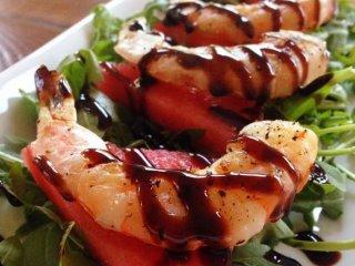 Steamed shrimp with balsamic glaze