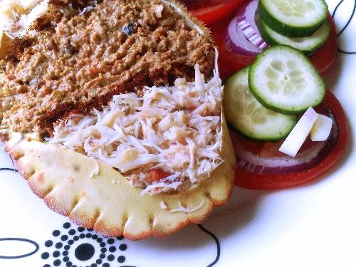 How to prepare dressed crab