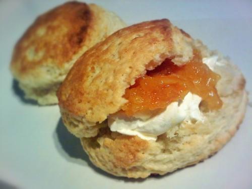 Peach yogurt scones with Philadelphia cream cheese and peach jam