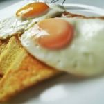 steam fried eggs olive toast