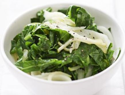 Stir fried collard greens with apple and fennel
