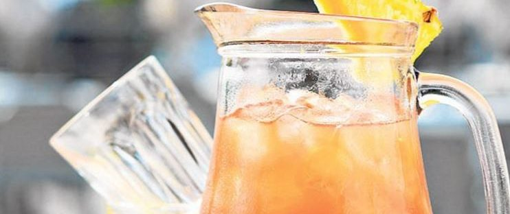 rum-pineapple-punch