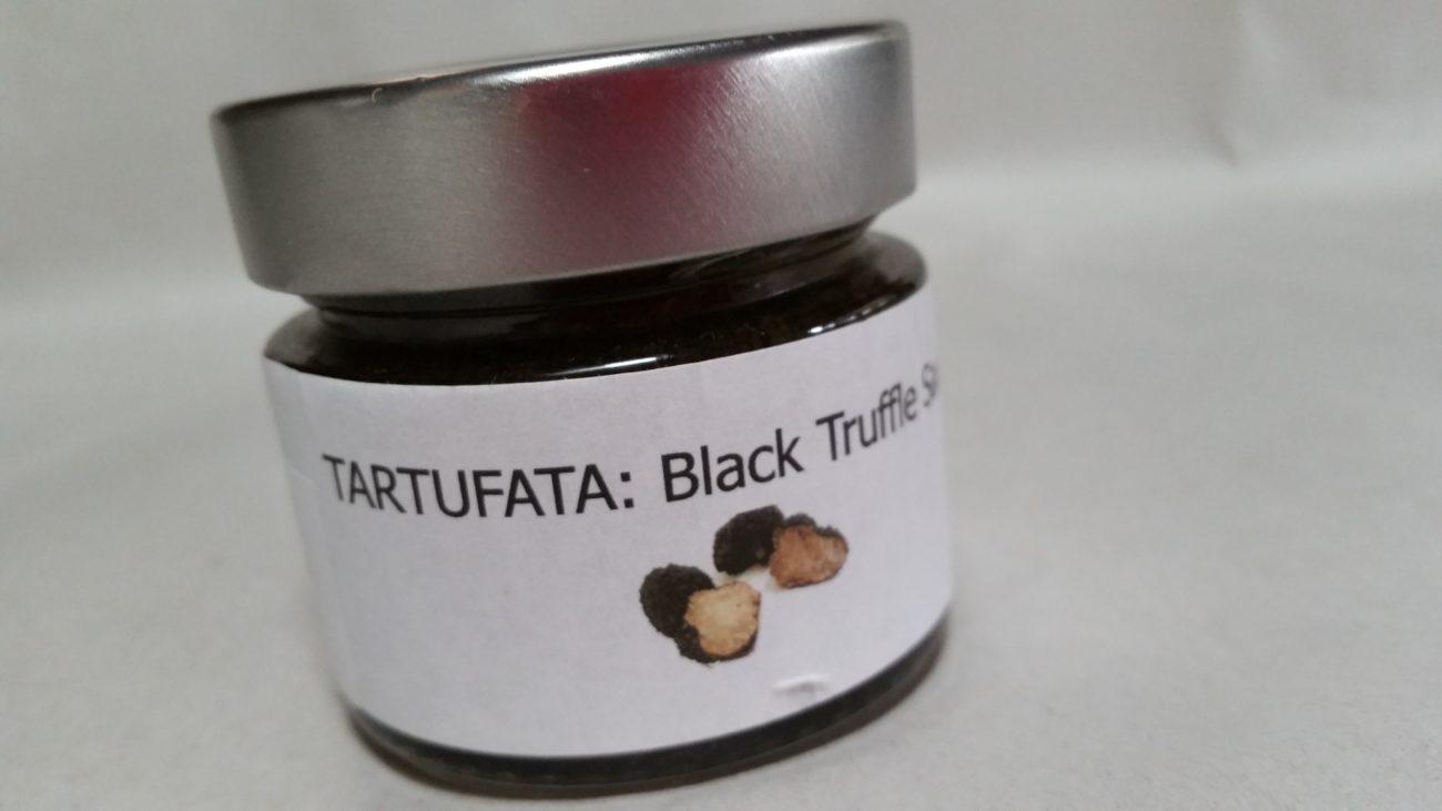 White wine cream sauce with black summer truffle