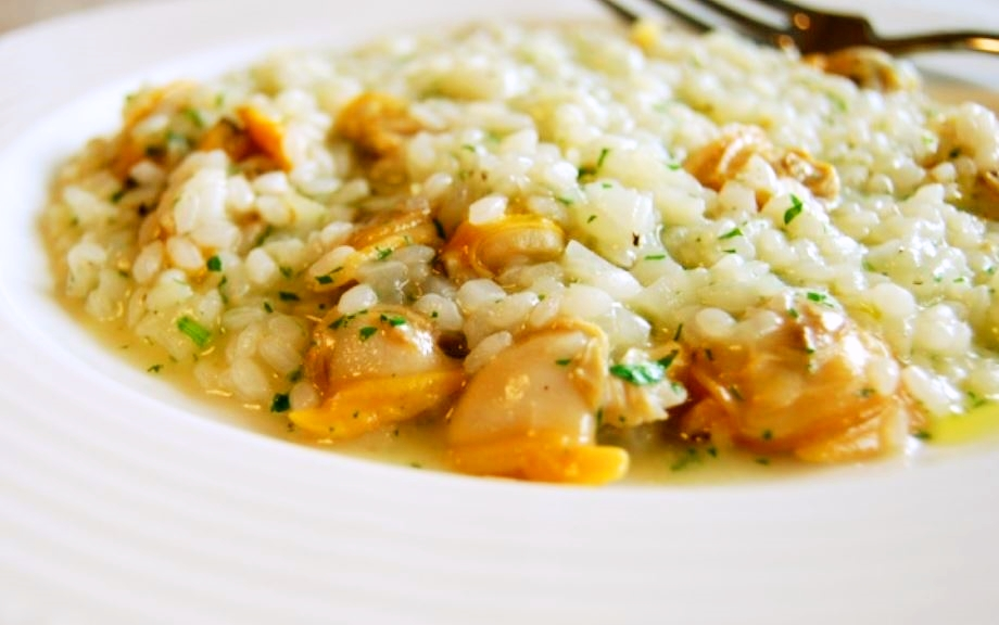 Risotto with clams