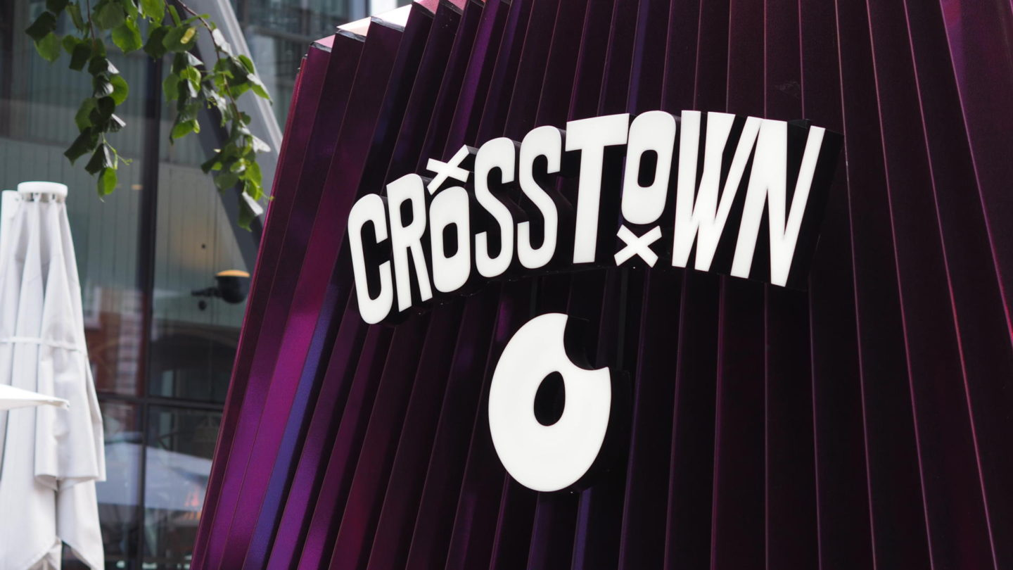 Crosstown Donuts Victoria, London || Food & Drink