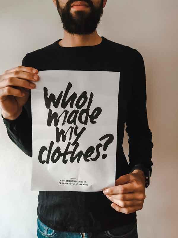 Plástico con ropa   un daño invisible.