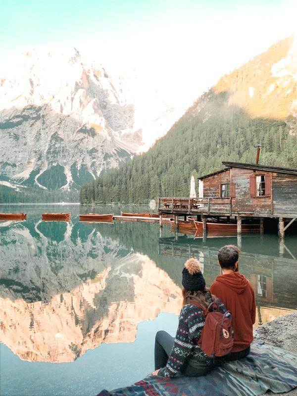 amanecer-en-lago-di-braies